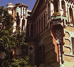 Detail from the Casa Vicens barcelona 1999